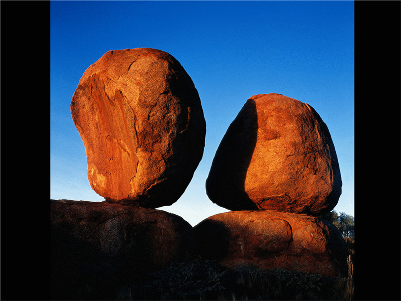 Snímek s obrázkem rovnováhy
