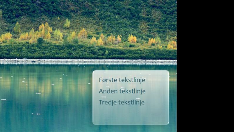 Animerede billedtekster, der optones over et skovmotiv som baggrund
