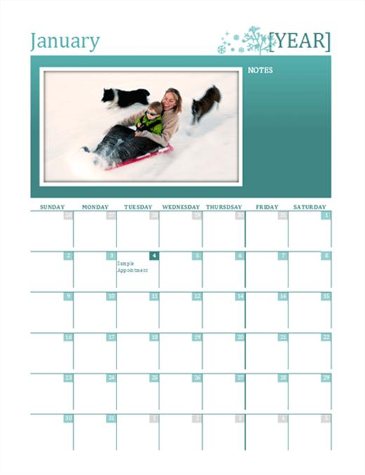 Seasonal family calendar (any year, Sun-Sat)