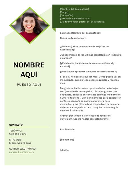 Carta de presentación con cubo verde