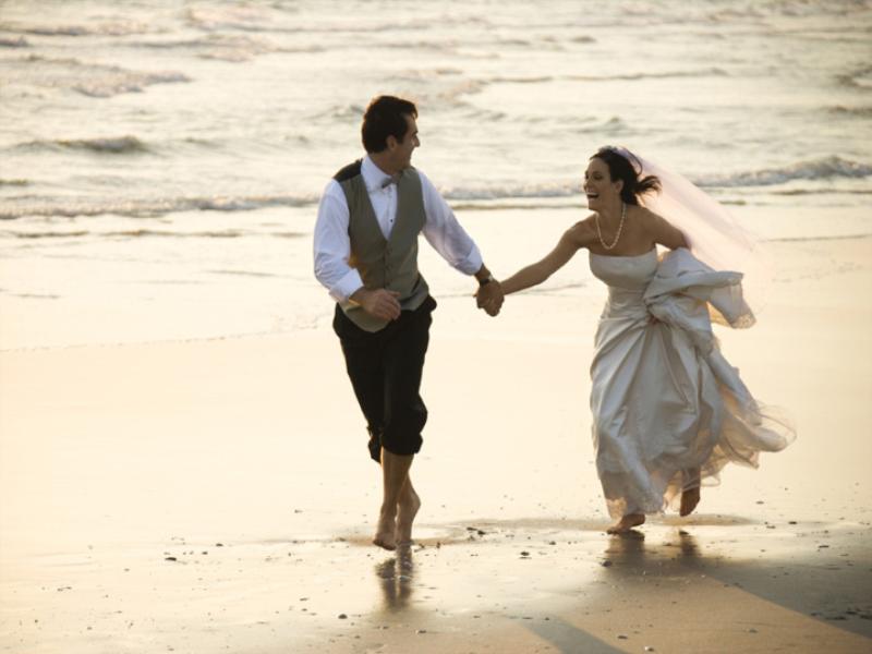 Thème mariage - Les mariés sur la plage