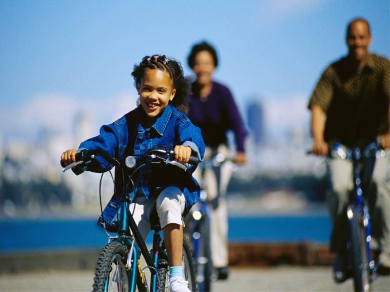 Thème vélo - En famille