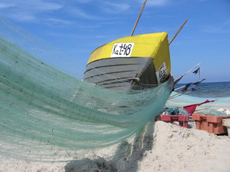 Thème mer - Bateau de pêche jaune