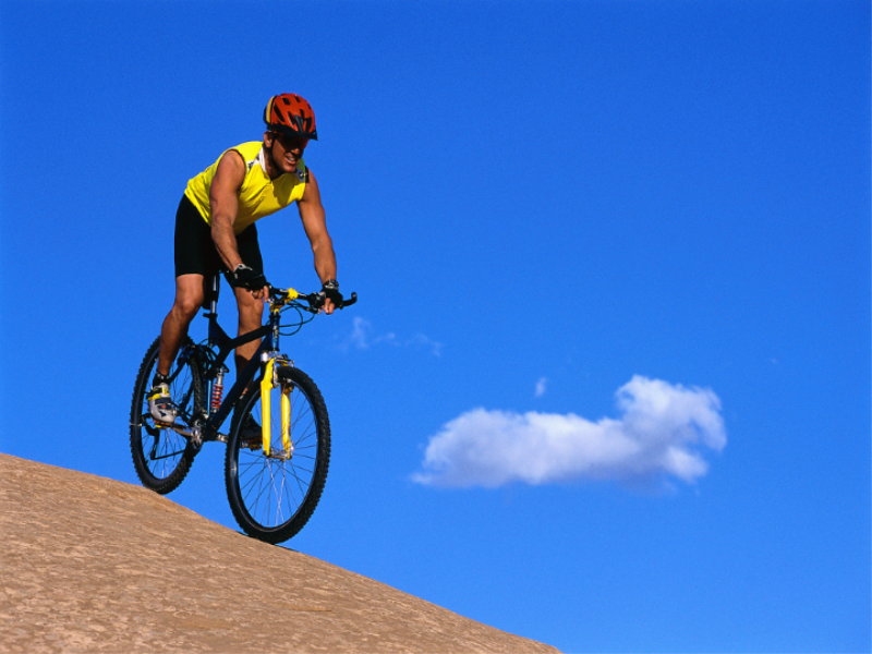 Thème vélo - VTT sur le sable