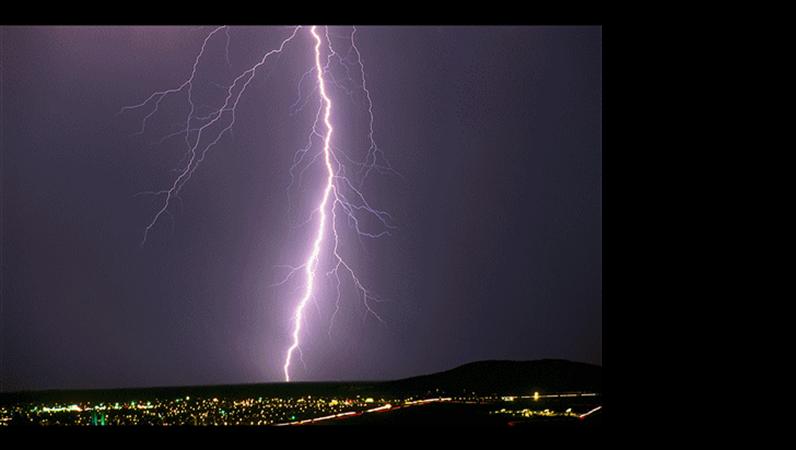 שקופית תמונה - סופת ברקים