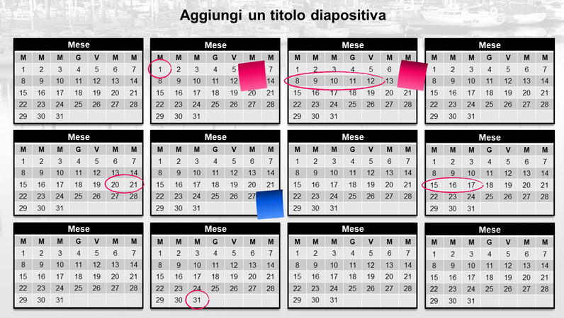 Calendario annuale con note adesive