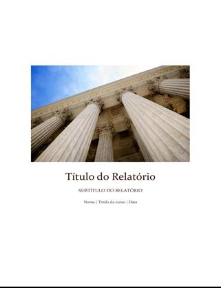 Relatório estudantil com capa