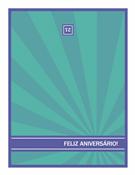 Cartão de marco de aniversário, raios azuis sobre fundo verde