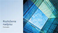 Marketingová prezentácia so sklenenou kockou (širokouhlý formát)