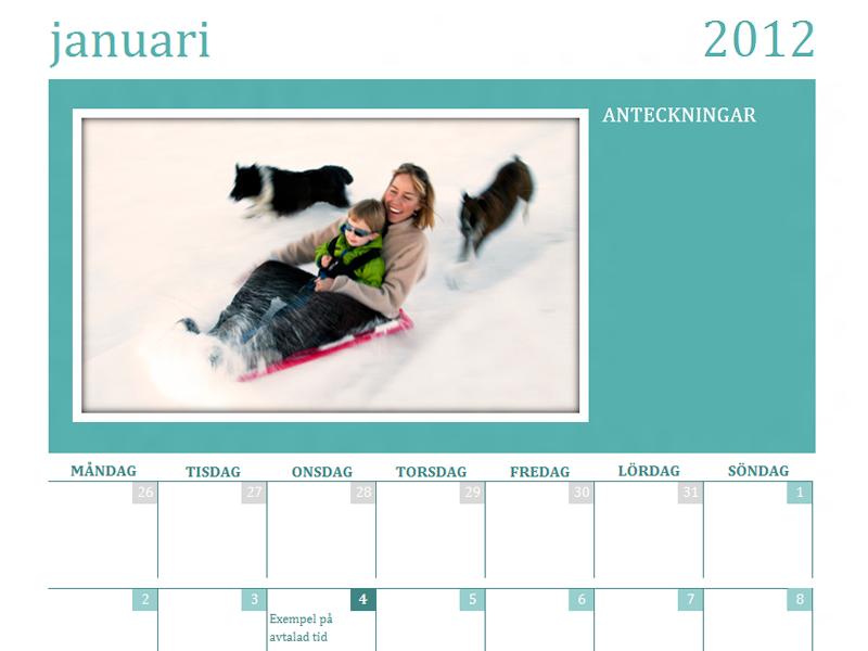 Kalender med familjefoton (månad)